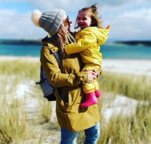 Lauras story losing mum breast cancer