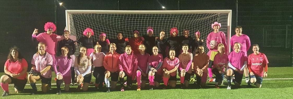 Headington Amateur Ladies play it pink